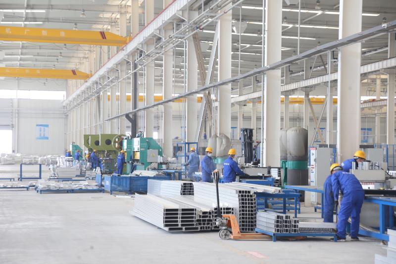 王姐,恒建铝模公司的大干快上的图片1.JPG